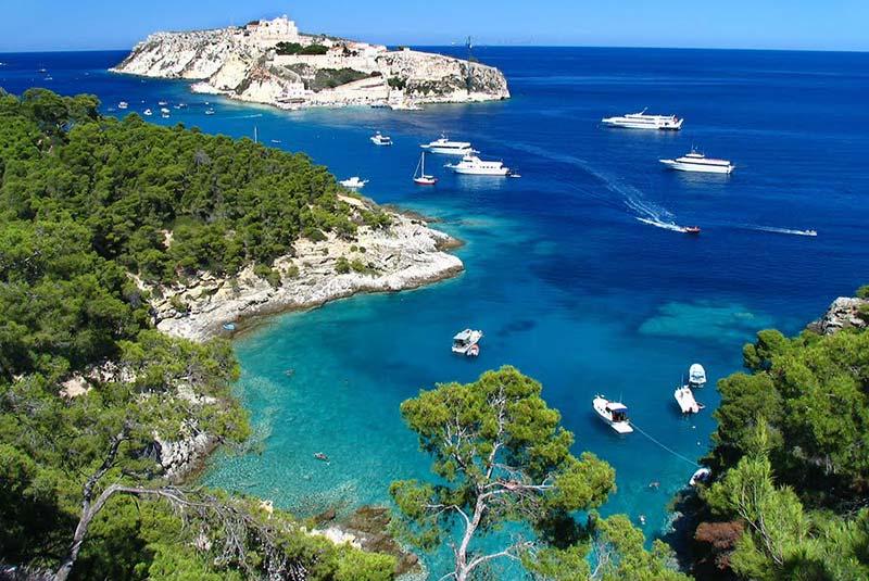 سفر به جزایر در تور ایتالیا