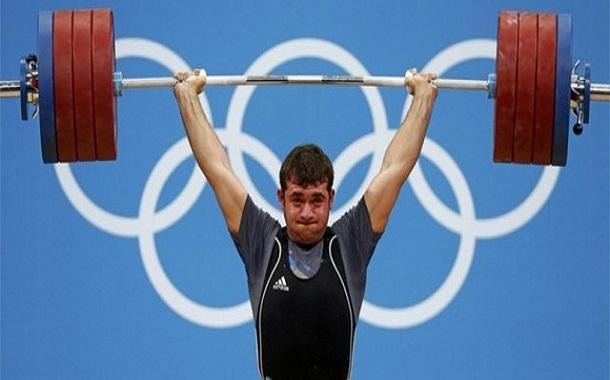 وزنه بردار ایران برای دریافت مدال المپیک 2012 راهی ترکمنستان می گردد