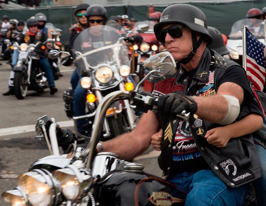 ترامپ برای رژه موتورسواران در روز یادبودِ کشته های جنگ مجوز صادر کرد