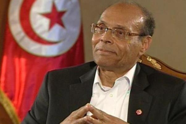 المنصف المرزوقی مدارک خود را برای نامزدی در انتخابات تحویل داد