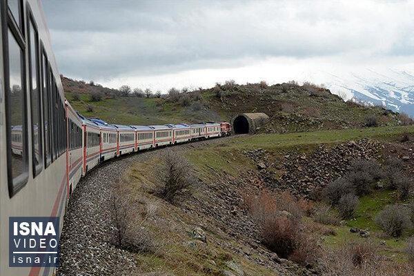 افزایش ظرفیت قطار تهران-آنکارا در دستور کار نهاده شد
