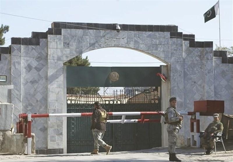 افغانستان در مورد علت تعطیلی سفارت پاکستان در کابل تحقیق می کند
