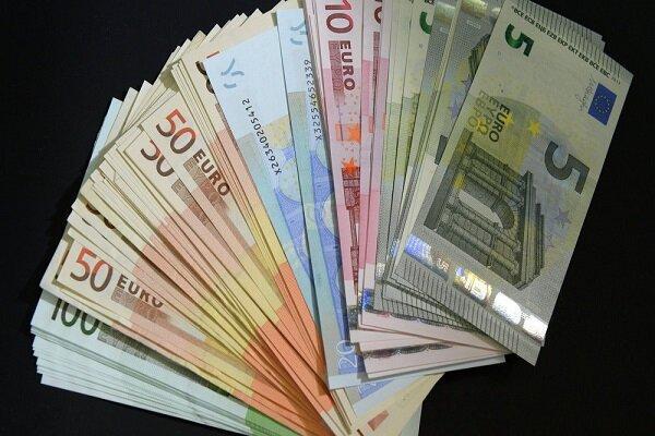 جزئیات قیمت رسمی انواع ارز، نرخ 47 ارز ثابت ماند