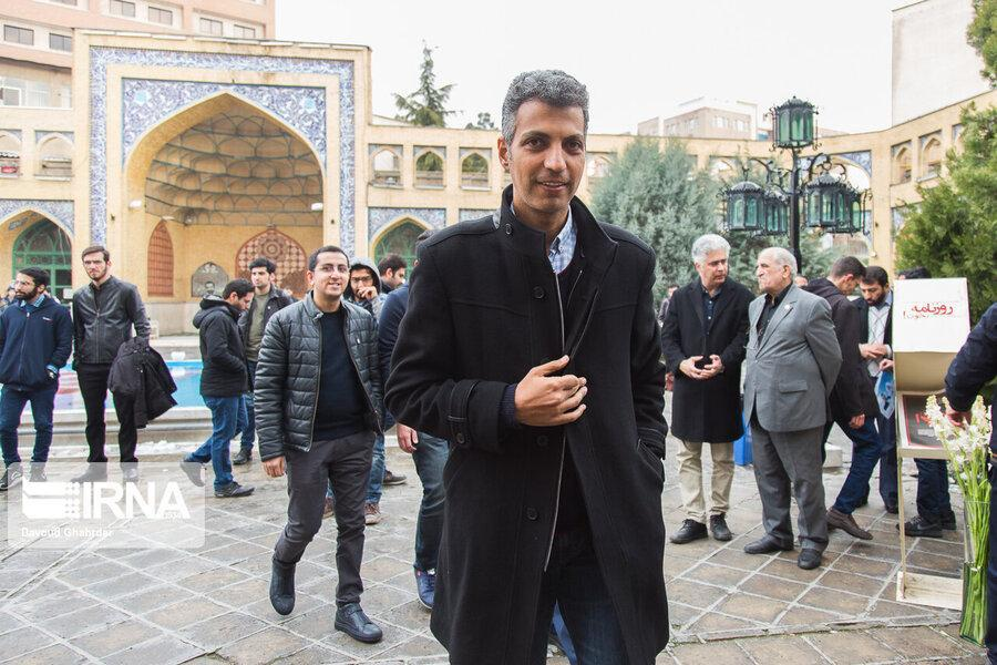 تصاویر ، عادل و عارف در یادبود فارغ التحصیلان جان باخته شریف در سانحه سقوط هواپیما
