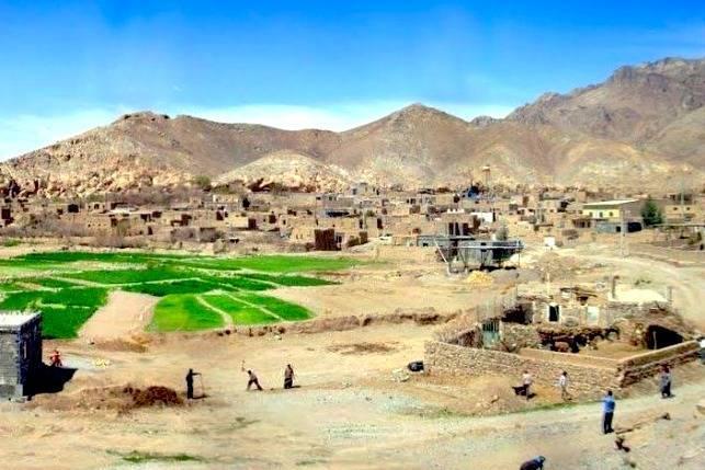 روستای رشم ، جاذبه گردشگری زیبا در دل کویر