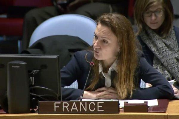 فرانسه: ابلاغیه آمریکا برای اعاده تحریم ها علیه ایران بلااثر است