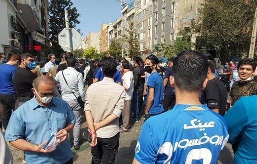 حمله لیدر های استقلال به طرفداران مقابل مجلس