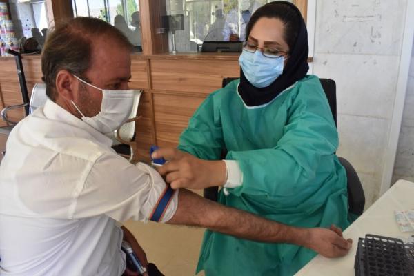 خبرنگاران 400 تن از بیماران کلیوی و پیوندی فارس واکسن کرونا دریافت کردند
