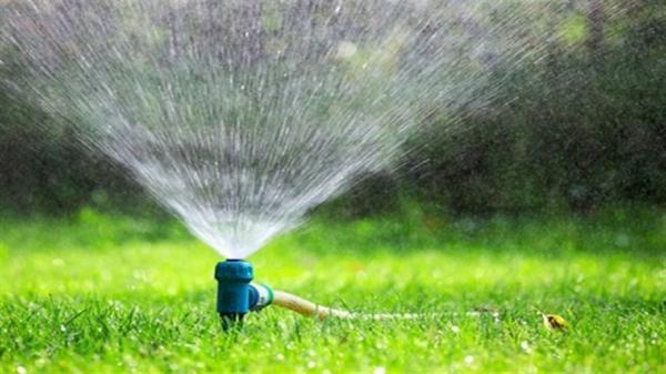 پاسخی برای تناقض کاشت چمن و کمبود آب، زیرگذر جمهوری کرج خاطره شد